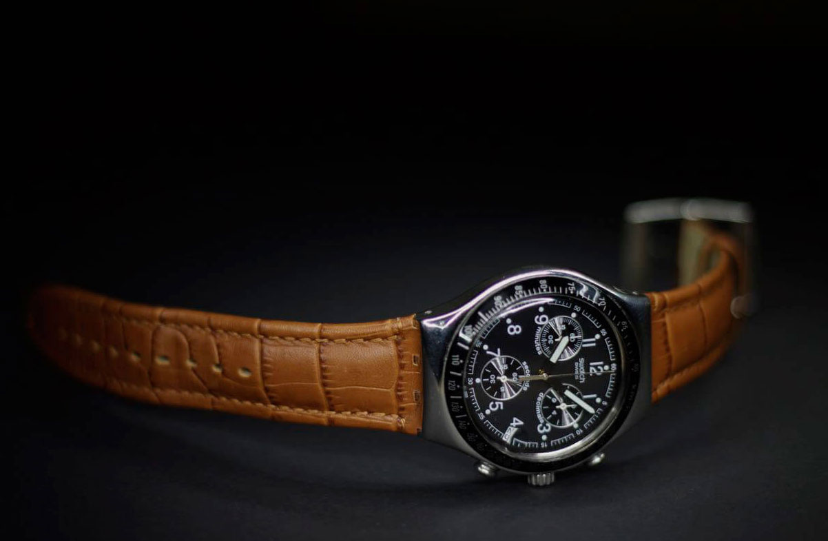 Take Care of Men`s Leather Strap Watches